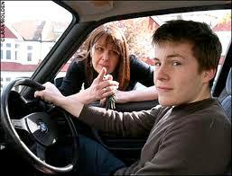 подросток за рулем