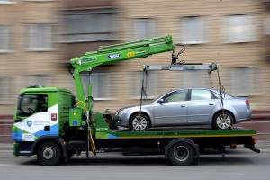 Сколько стоит простой машины на штрафстоянке