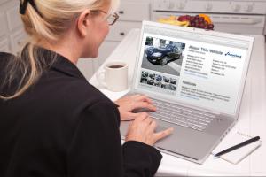 Как узнать владельца по гос номеру машины в 2018 году?