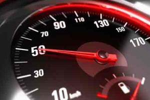 Минимальная скорость на автомагистрали