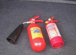 Сколько стоит огнетушитель для автомобиля
