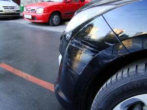 Покрывает ли ОСАГО ущерб на парковке