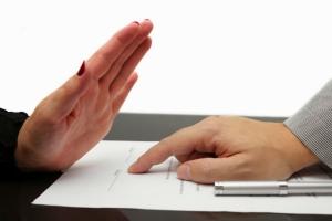 Что делать, если агент отказывается заключать договор ОСАГО
