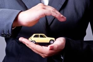 Может ли страхователем по ОСАГО быть не владелец авто